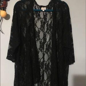Black Lace Lindsay Large